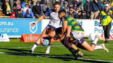 Jackson Bird crosses for the opening try of Eastwood's Shute Shield win over Gordon.