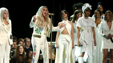 Kesha returned to the Grammys stage to perform <i>Praying</i> after her tumultuous legal battle against her former producer and alleged attacker, Dr Luke.