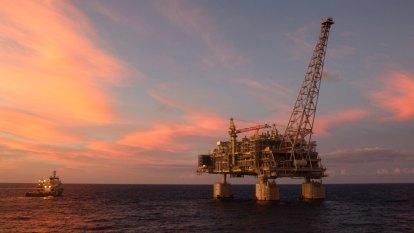 EPA buckles under pressure from WA government, oil and gas sector