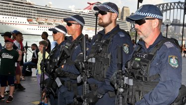 NSW riot squad police officers with military-style machine guns rolled out in December 2017.