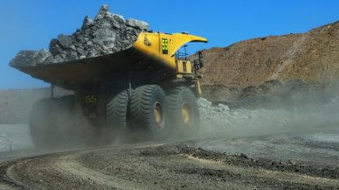 A review into fatal coal mine incidents would be expanded to include mineral mine and quarry incidents since 2000.