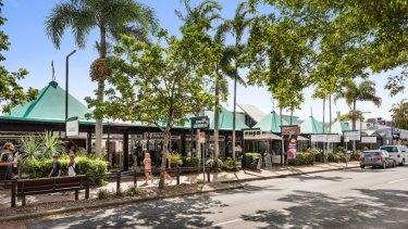 16 Sunshine Beach Road, Noosa Heads