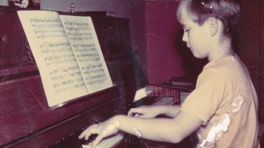 Geoffrey Tozer's brilliance at the keyboard was revealed at a very early age.