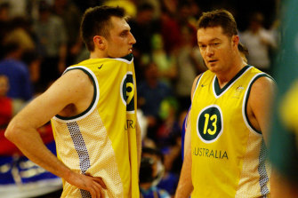 Chris Anstey and Luc Longley in action for Australia in 2000.
