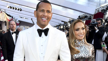 Jennifer Lopez and Alex Rodriguez have announced their engagement.