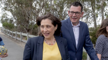 Victorian Minister for Energy, Environment and Climate Change Lily D'Ambrosio and Premier Daniel Andrews at Seaford Wetlands Park.