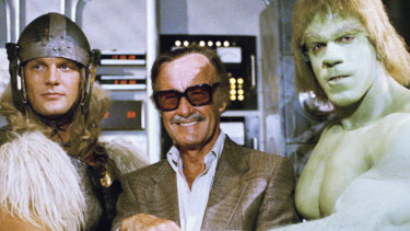 Stan Lee with his superheroes, The Incredible Hulk and Thor, in 1988.