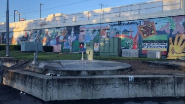 The existing sewage pump near the South Brisbane train station.