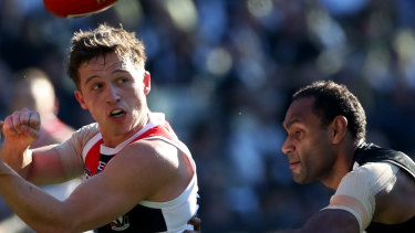 Pie Travis Varcoe keeps tabs on Jack Billings.