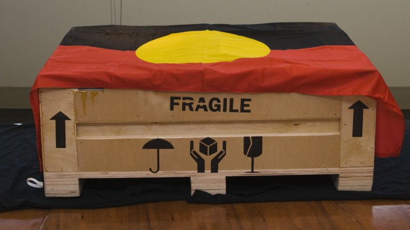 Outrage over sale of sacred Aboriginal totems sees items pulled from auction – Sydney Morning Herald