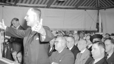 Prime Minister John Curtin addressing a Martin Place war loans rally in 1942. A year later 99 per cent of voters in his seat of Fremantle turned out.
