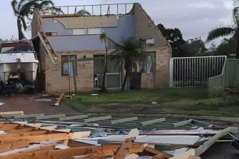 'We'll have to rebuild': Half of Kalbarri properties damaged by cyclone