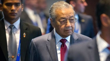 Malaysia's Prime Minister Mahathir Mohamad said Lynas' operations could continue if radioactive residue was removed before its ore reached Malaysia.