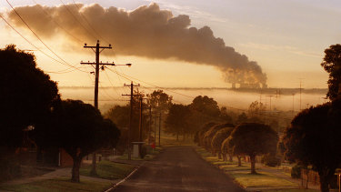 The Yallourn power station will now close in 2028.