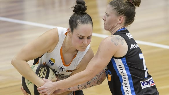 Canberra Capitals sign three-time WNBL champion Kelly Wilson