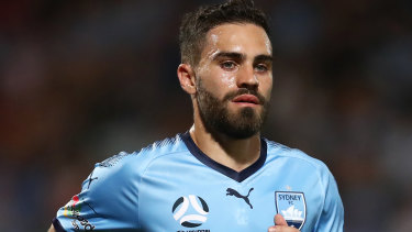 Anthony Caceres has signed a permanent two-year contract with Sydney FC, having spent the last six months on loan from Manchester City.