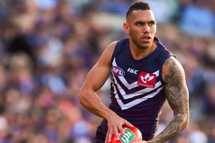 Harley Bennell has signed for another season at Fremantle.