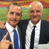 Familiar pose: Stubbs with former Sydney FC coach Graham Arnold.