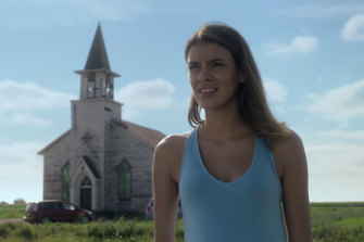 Laysla De Oliveira in Netflix's In The Tall Grass.