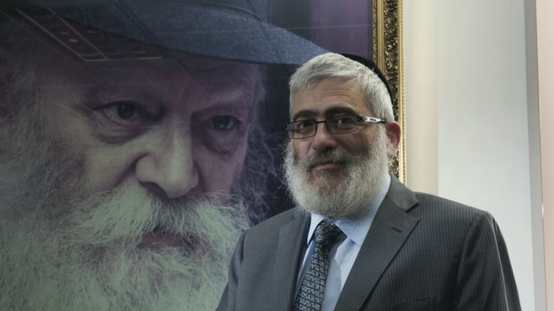 'Diamond' Joe Gutnick hits back as former workers say they weren't paid