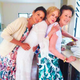 Kidman, centre, with her sister Antonia and mum Janelle.