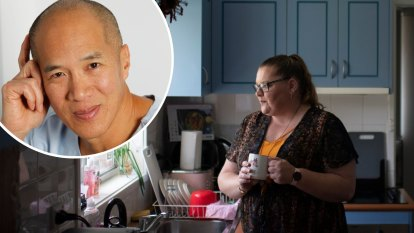 Charlie Teo settled claim for operating on wrong side of Sydney woman's brain