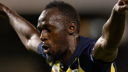 Lightning strikes twice: Usain Bolt scores brace for Mariners