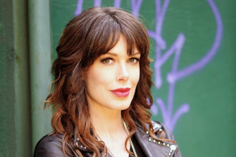 Tara Moss is suing a Katoomba doctor she accuses of professional negligence.