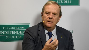 Peter Costello said a government default fund would dovetail with one of the royal commission's recommendations.