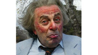From the Archives, 1986: Sir Les Patterson wins (Anti) Football award