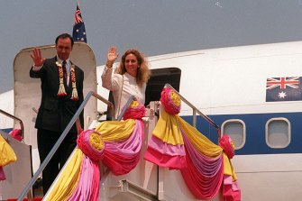 Paul Keating and his then wife Annita board the prime ministerial 707 after an official visit to Thailand, 1996.