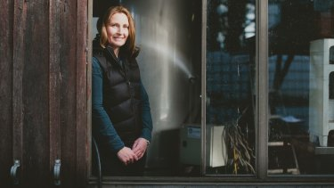 Dormilona founder and winemaker Jo Perry successfully blends motherhood with vintage.