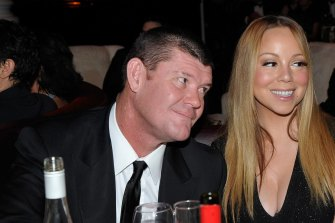 James Packer and Mariah Carey in 2016 .