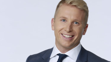 Hamish Macdonald replaces Tony Jones as host of ABC's Q&A program.