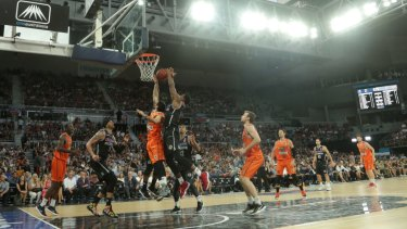 Melbourne United in action at Hisense Arena.