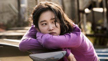 Jeon Jong-seo plays Hae-mi in Lee Chang Dong's Burning.