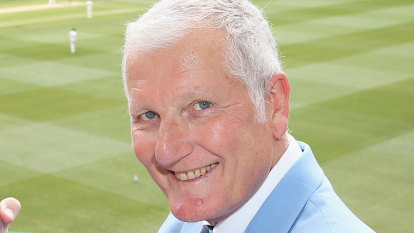 Former England cricket captain Bob Willis dies, aged 70