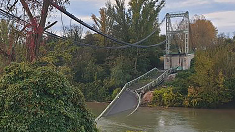 Teenager dead, several missing as bridge collapses into river in France