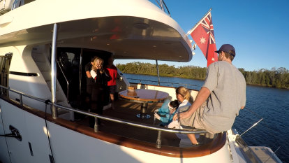 Police to investigate Simonds' Queensland super yacht exemption