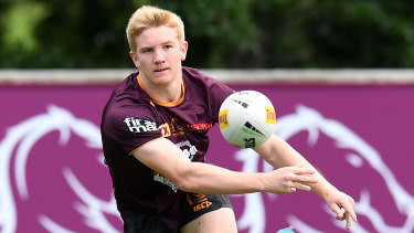 Tom Dearden trains with the Broncos.