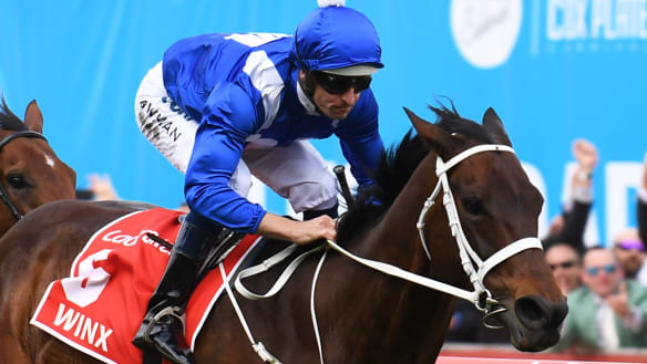 V'landys welcomes challenge from Victoria's All-Star Mile