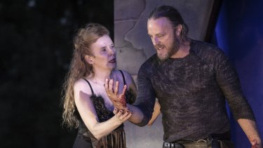 Nathaniel Dean and Alison Whyte as the Macbeths