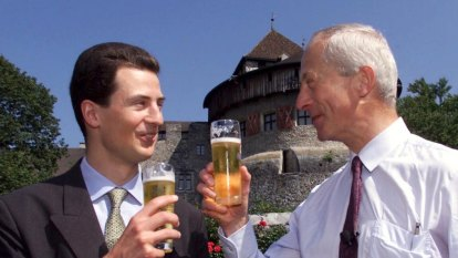 'One big family': fancy a beer with the monarch?