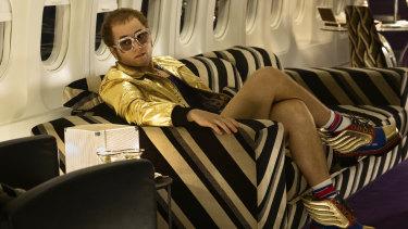 Taron Egerton plays Elton John in Rocketman.