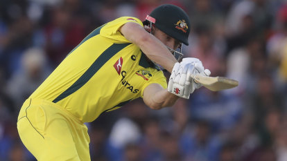 Calmness replaces chaos for Aussie batsmen