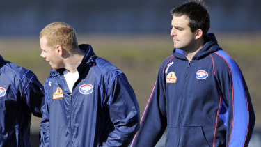 Cooney and Lake at Bulldogs training, 2010.