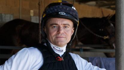 Jockey suspended for whip rule breach in Oaks