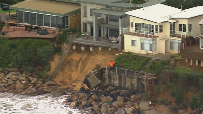 Wild weather leaves NSW homes at risk of 'structural collapse due to beach erosion'