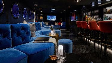 The Jules Verne style nightclub aboard IJE.