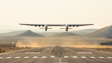 The Stratolaunch aircraft completes its first flight in the Mojave Desert.